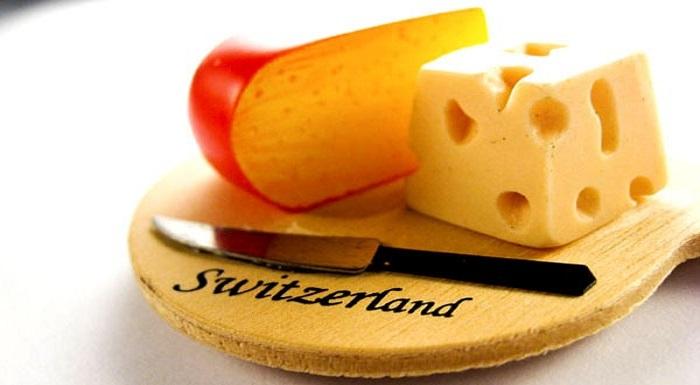 Keju Swiss. (Foto: AMakananenakweb)