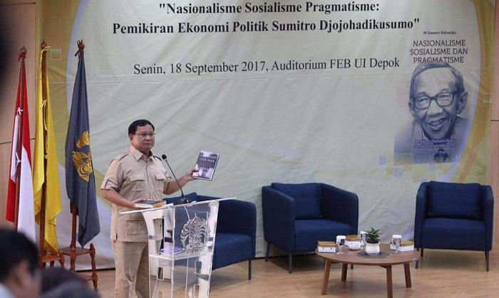 Prabowo Subianto saat menjadi pembicara di acara seminar di UI, 18 September 2017. (Foto: Nanik Sudaryanti)