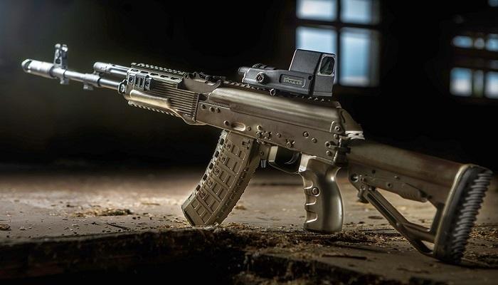Senapan serbu Rusia AK-12. (Foto: Wikimedia Commons/ Kalashnikov)