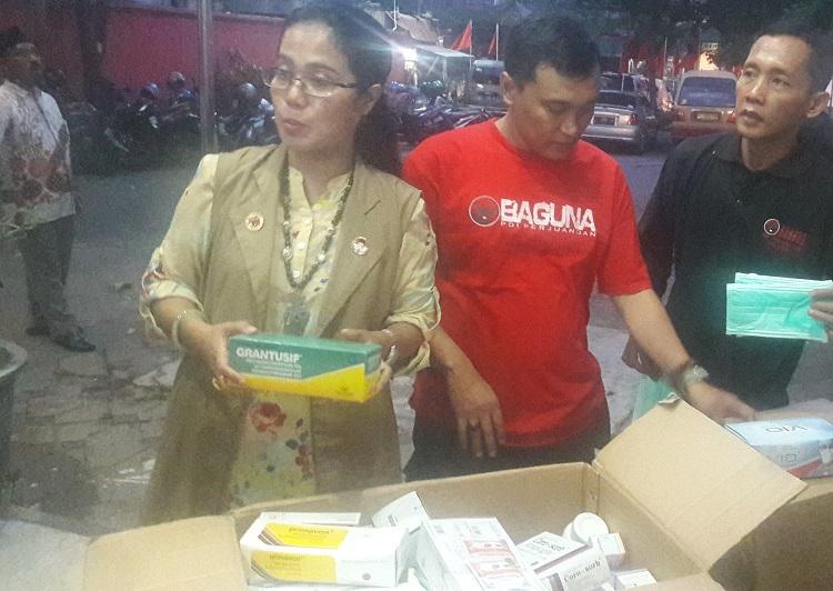 Bantuan dan Obat-Obatan untuk korban Gunung Agung. (Foto Tri Wahyudi/Nusantaranews)