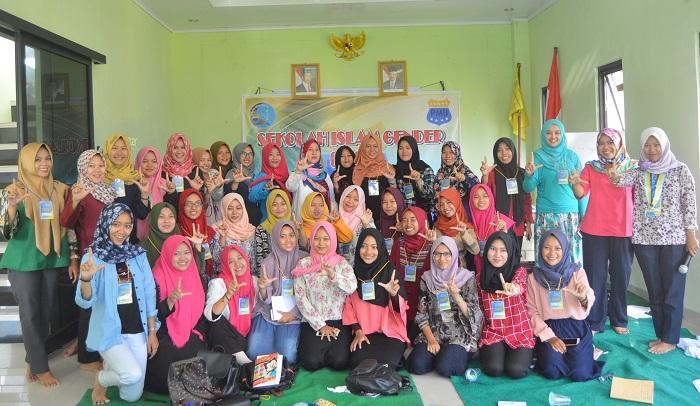 Korps Pergerakan Mahasiswa Islam Indonesia Puteri (KOPRI) Komisariat UIN Raden Intan Lampung, menggelar Sekolah Islam Gender (SIG). Foto Echa/ NusantaraNews.co