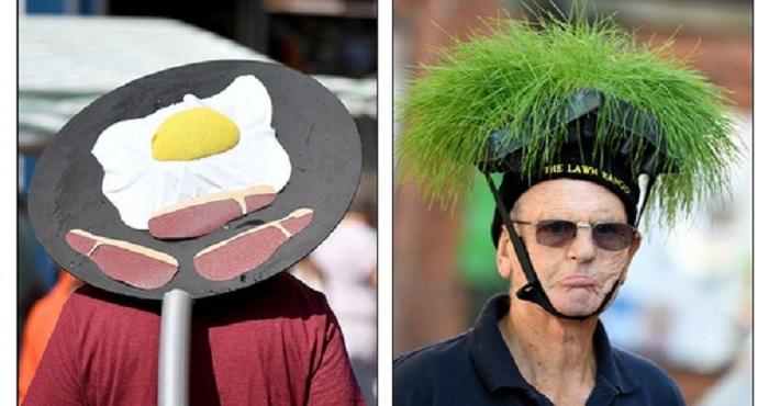 Festival Topi, Hat Festival di Bridport, Inggris. (Foto: Finbarr Webster/REX/Shutterstock)