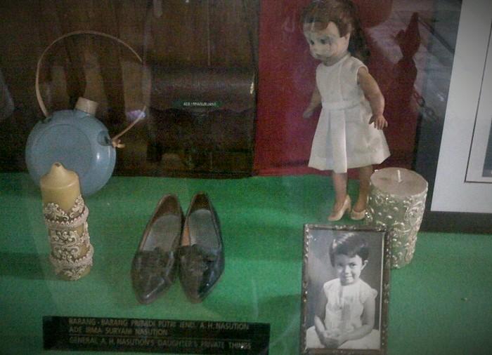 Boneka dan barang-barang peninggalan Ade Irma lainnya di Museum A.H. Nasution (Ilustrasi). Foto: Dok. Emir S.T