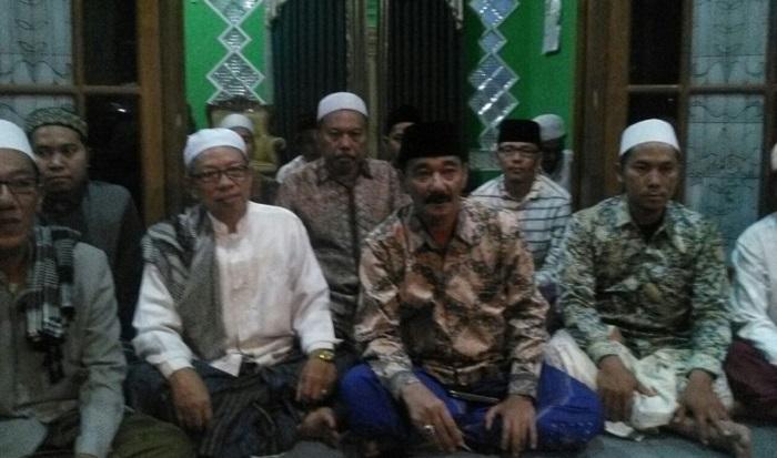 Forum Komunikasi Kiai Kampung Jatim (FK3JT) menyatakan dukungan untuk pasangan Gus Ipul-Kanang. Foto Tri Wahyudi/ NusantaraNews.co