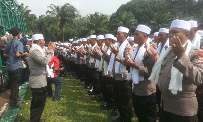 Kapolda Metro Jaya, Irjend Pol Idham Aziz menyatakan telah menyiapkan pasukan Asmaul Husna untuk menghadapi Massa Aksi 299. Foto Al Ayuddi/NusantaraNews.co