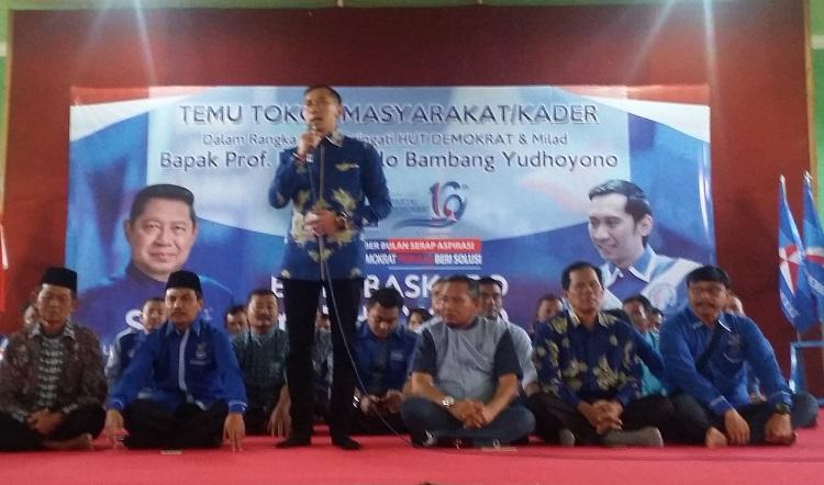 Ibas saat rayakan ulang tahun Demokrat di Ponorogo/Foto Nuscholis/Nusantaranews