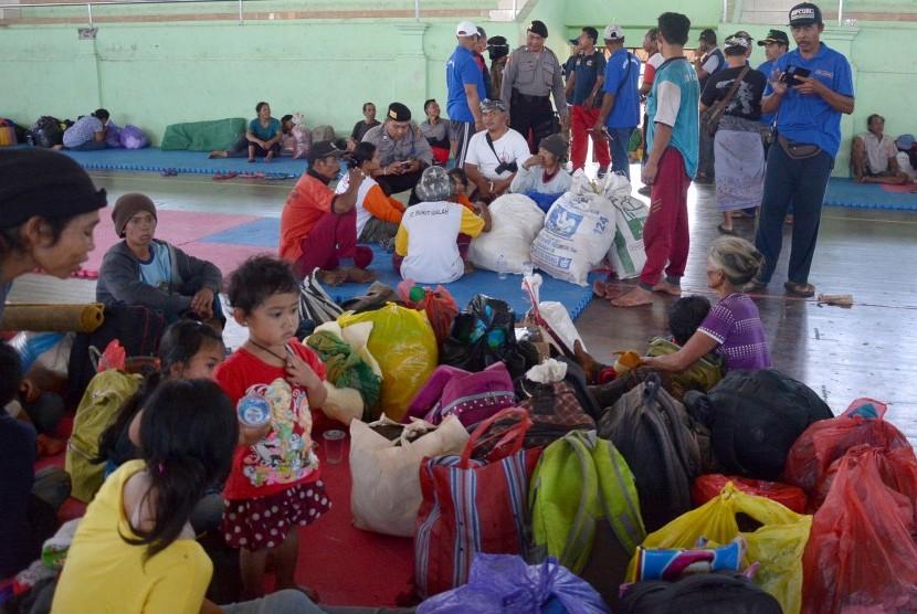 Jumlah pengungsi gunung Agung meningkat/Foto via republika/Nusantaranews