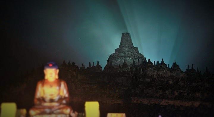 Malam di Borobudur. Foto: Dok. rivanlee.net