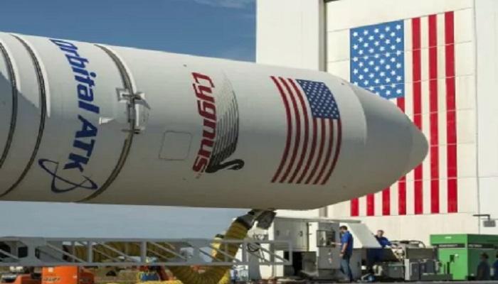 Roket Orbital ATK diumumkan pada Oktober 2016 di Fasilitas Penerbangan Walops NASA di Walops Island, Va. (Foto: (Bill Ingalls/NASA via AP)