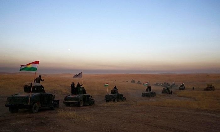 Militer Irak dan pasukan Kurdi. (Foto: Dok. AFP)