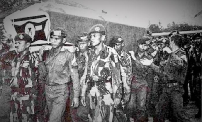 Prosesi menganatar Jenazah korban G30S PKI atau Gestapu1965 ke pamakaman (Ilustrasi). Foto: Dok. JakartaGreater
