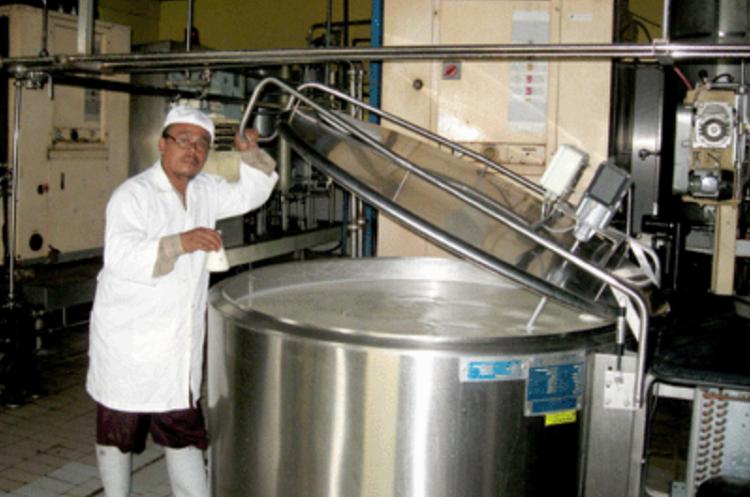 Susu segar untuk industri pengolahan susu/Foto Crop/Nusantaranews