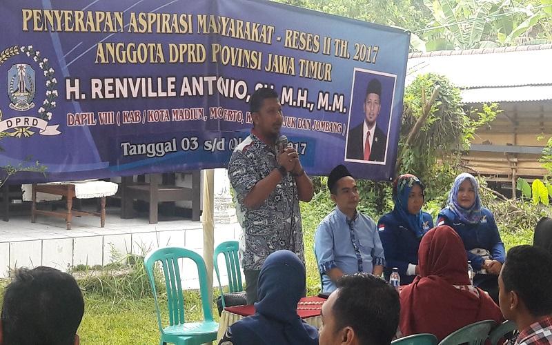 Anggota DPRD Jawa Timur fraksi Partai Demokrat Renville Antonio. (Foto: Yudhie/NusantaraNews)