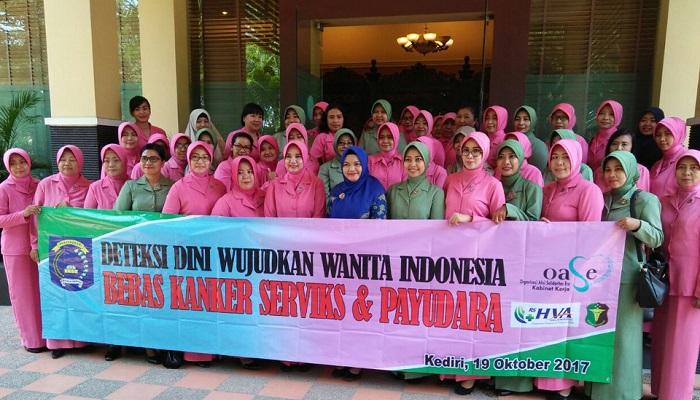 Bhayangkari Dan Persit KCK Deteksi Dini Kanker Servik. Foto Penrem 082/CPYJ/Candra Yuniarti/ NusantaraNews