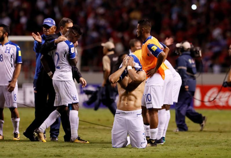 Kosta Rika lolos otomatis ke Piala Dunia 2018 di Rusia usai bermain imbang kontra Honduras. (Foto: Reuters)