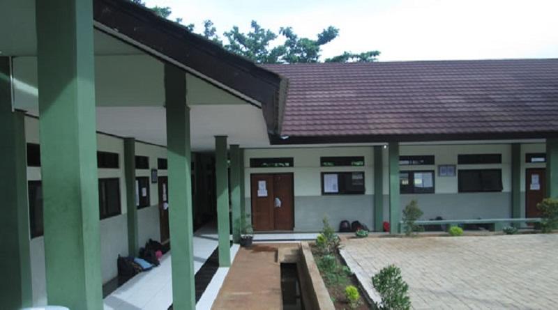Gedung Sekolah (Foto via suaralumen)