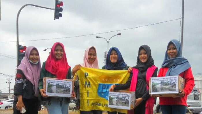 Peduli Banjir dan Longsor, PMII Gelar Bakti Sosial. Foto Fandrik/ NusantaraNews