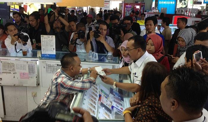Kementerian Perdagangan kembali melakukan inspeksi mendadak (Sidak). Kali ini Kemendag ke ITC Roxy Mas, Jakarta Pusat. Doto Richard Andika/ NusantaraNews