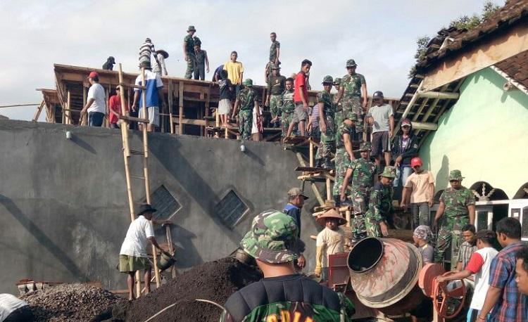 Karya Bakti (Foto Sis/Nusantaranews)