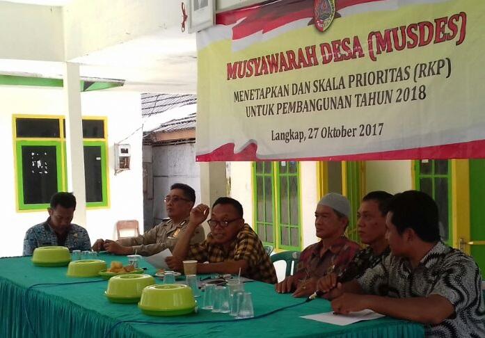 Kegiatan Musyawarah Desa Warga Langkap Jember (Foto Penrem/Nusantaranews)