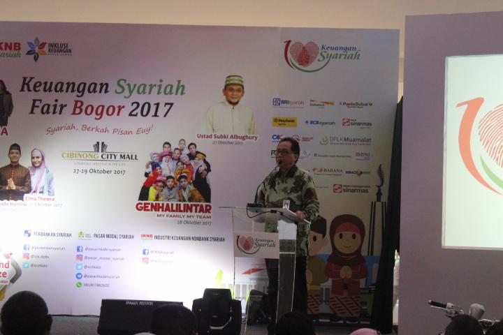Kepala Departemen Pengawasan Pasar Modal 1B OJK, Sugianto (Foto Andika/Nusantaranews)