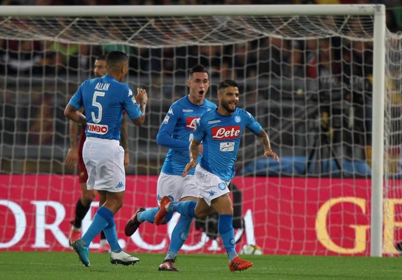 Lorenzo Insigne selebrasi usai membobol gawang Roma dalam lanjutan Serie A Italia, Minggu 915/10) dinihari WIB. (Foto: Squawka)