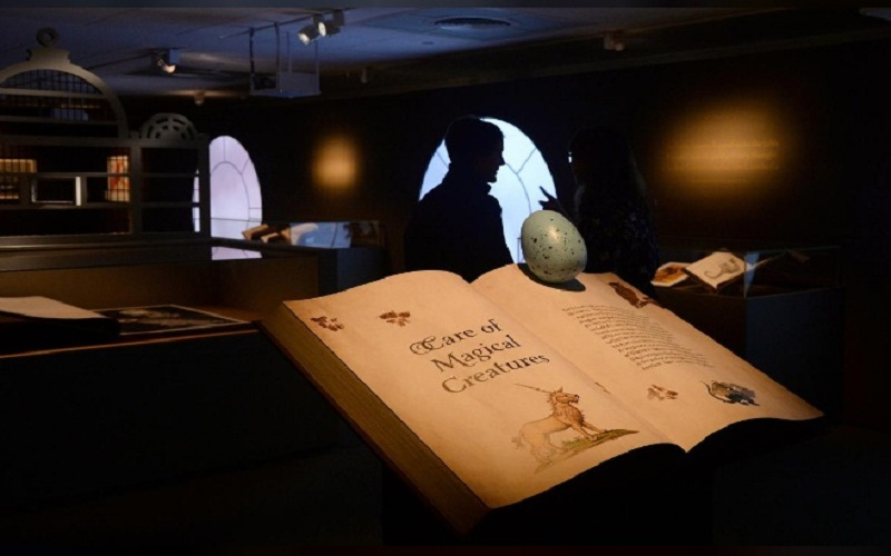 "Pameran ""Harry Potter: A History of Magic"" akan dilangsungkan di British Library London. (Foto: Reuters)"