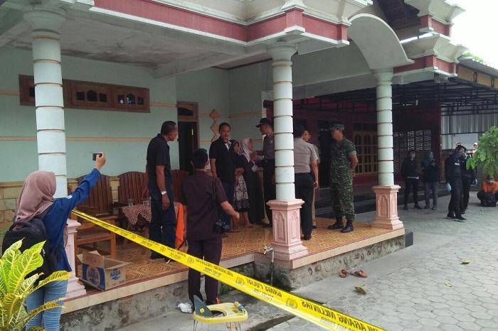 Penangkapan Terduga Teroris di Ponorogo (Foto Nurcholis/Nusantaranews)
