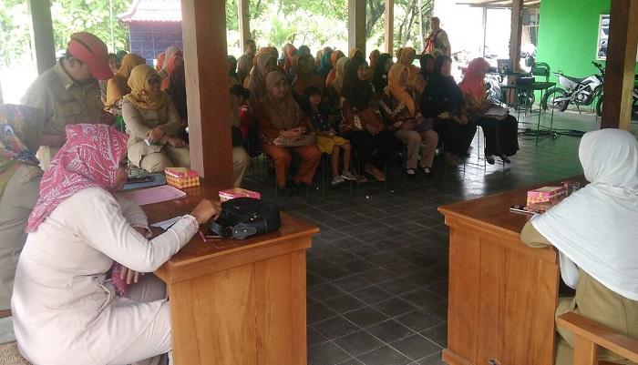 Penyuluhan KB TMMD Kodim 0805/Ngawi. Foto Wahyu/TImbul/ NusantaraNews