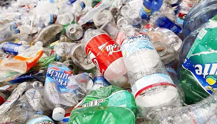 Di Inggris, daur ulang sampah botol plastik dibayar pemerintah.
