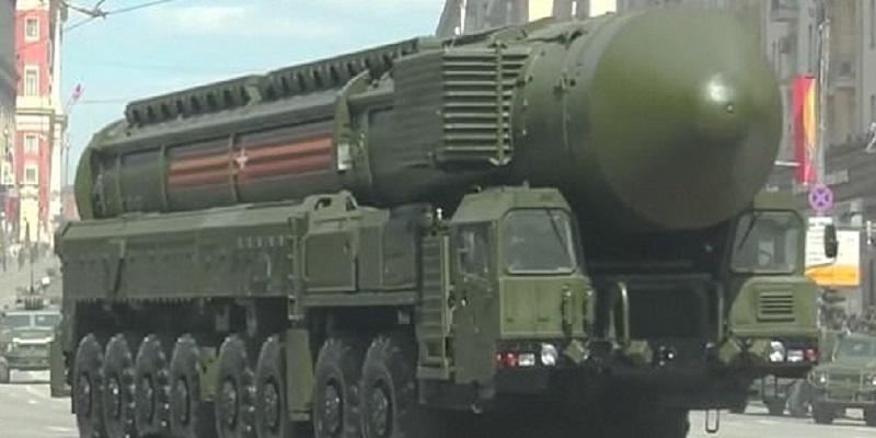 Rusia tengah bersiap untuk melakukan uji coba peluncuran rudal balistik seberat 100 ton yang dikenal dengan nama RS-28 Sarmat atau Satan 2. (Foto: Getty)
