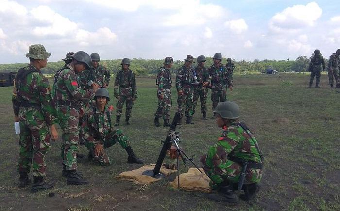 Yonif 511/DY Latihan Menembak Lintas Lengkung (Foto Doni/Nusantaranews)