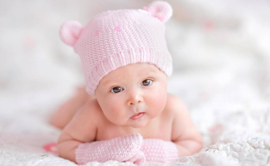 Nama Perempuan Terpoper di Dunia (Ilustrasi seorang bayi perempuan). Foto: Dok. istock/ NusantaraNews