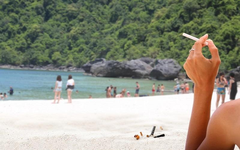 Thailand melarang wisatawan merokok di 20 kawasan wisata mereka. (Foto: Getty Images/iStockphoto)