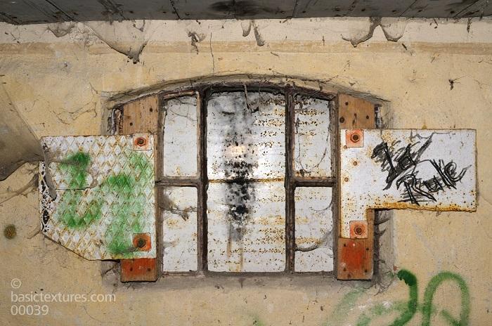 Jendela yang tertutup (Ilustrasi Puisi). Foto: Dok. basictextures.com