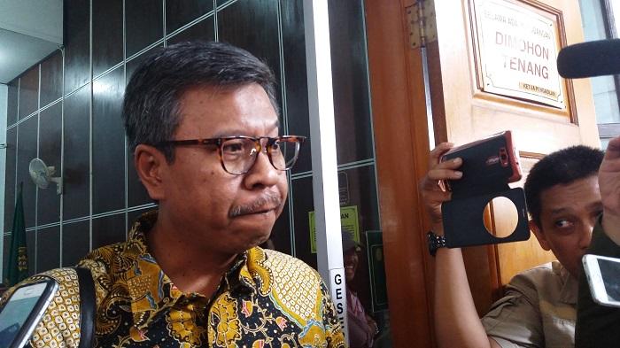 Kuasa Hukum Walikota Batu non-aktif Eddy Rumpoko, Agus Dwi Warsono. Foto Restu Fadilah/ NusantaraNews