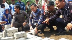 Usai Hadiri Undangan Jokowi, Ibas Sambangi Ngawi Lihat Program PISEW. Foto Muh Nurcholis/ NusantaraNews