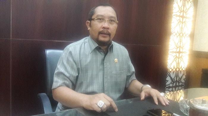 Sekretaris DPD Golkar Jatim Sahat Tua Simanjuntak. Foto Tri Wahyudi/ NusantaraNews