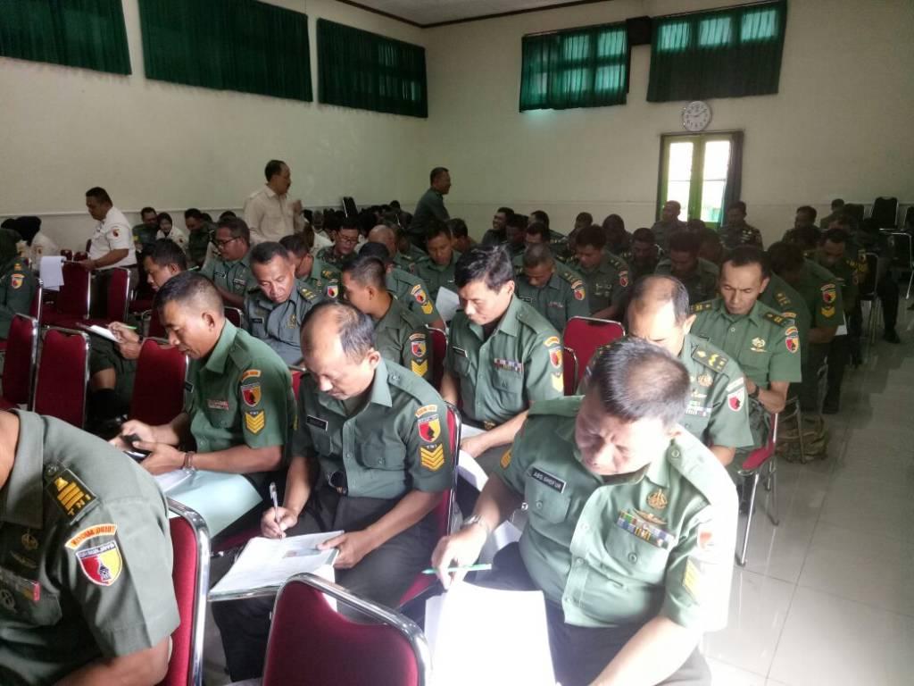 Kegiatan penelitian personel diikuti oleh 75 orang di jajaran Korem 083/Bdj. (Foto: Dok. Penrem)