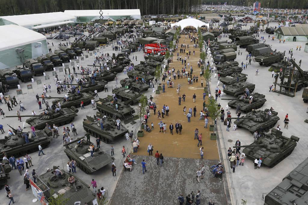 Pameran persenjataan atau alutsista Rusia. (Foto: Reuters)