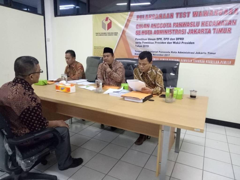 Panitia Pengawas Pemilihan Umum (Panwaslu) Kota Administrasi Jakarta Timur membentuk Pengawasan Pemilu tingkat Kecamatan. (Foto: A.Yani/Istimewa)