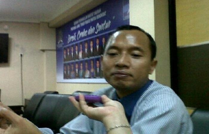 Pengamat politik dari Unair Surabaya Suparto Wijoyo di Surabaya, Senin (13/11). Foto: NusantaraNews/tri Wahyudi