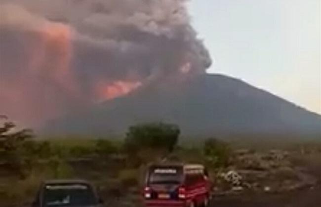 Aktivitas Gunung Agung. Foto: Dok NusantaraNews