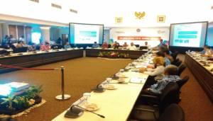 Rapat koordinasi Tingkat Menteri (RTM) tentang Siaga Darurat Banjir dan Tanah Longsor di Kantor PMK di Jalan Medan Barat no 3, Jakarta Pusat, Rabu (29/11/2017), dipimpin Menteri Puan. Foto: Ucok Al Ayubbi/NusantaraNews