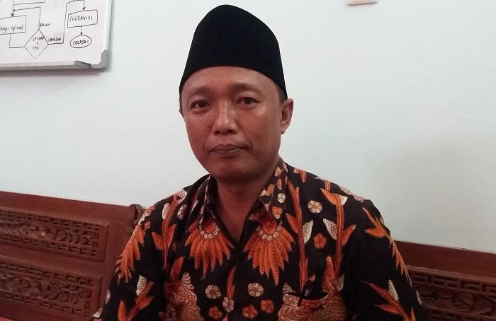 Ketua KPU Sumenep, A Warist (Foto Mahdi/Nusantaranews.co)