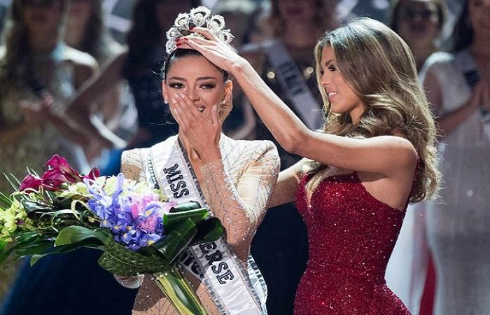 Demi Leigh Lel-Peters, kontestan asal Afrika Selatan dinobatkan sebagai Miss Universe 2017. Foto: E!Online