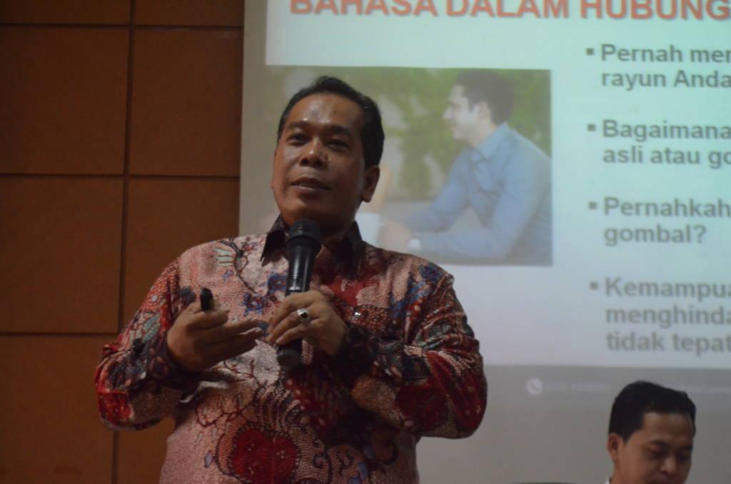 Rektor Unnes Semarang Prof. Dr. Fathur Rokhman M.Hum. Foto: Rosidi/NUSANTARANEWS