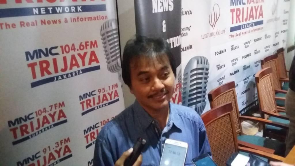 Anggota Komisi I DPR RI, Roy Suryo mengatakan dirinya mendukung pemerintah melakukan penertiban terhadap registrasi kartu telpon. (Foto: Ucok Al Ayubbi)