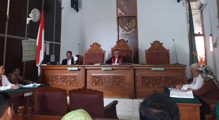 Sidang praperadilan Eddy Rumpoko Walikota Batu (Foto Restu Fadilah/Nusantaranews)