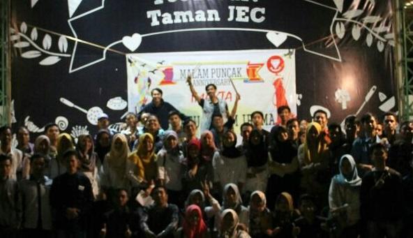 Tari Lawet meriahkan HUT IMAKTA. (Foto Istimewa/Nusantaranews)
